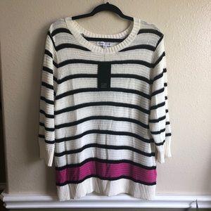 🍬 Black Rivet light weight striped sweater
